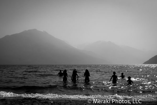 Foto of the Week from … Lago Puelo – Silhouettes