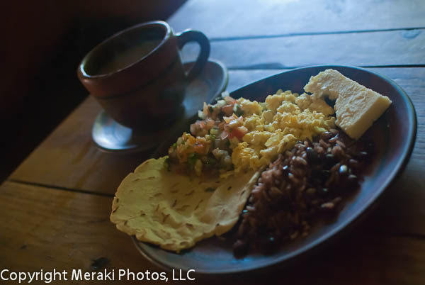 A traditional Nicaraguan breakfast… at the farm!