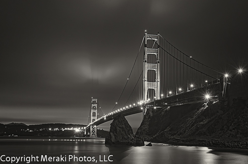 PHOTO:  Golden Gate Bridge at 3am